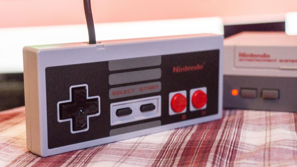 Nintendo Classic Mini NES review: Retro goodness in pint-sized proportions